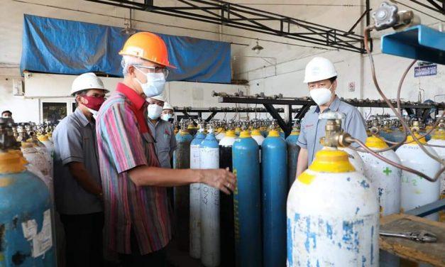 Ganjar Sidak Distributor Oksigen Agar Produksi Lancar