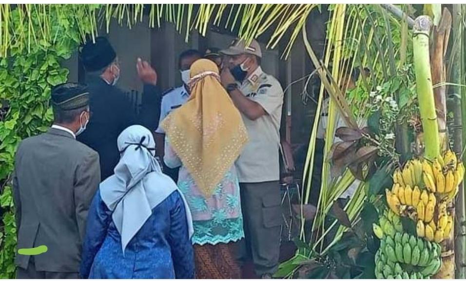 Tetap Gelar Hajatan Nikah , Petugas Bubarkan Ini Penyebabnya