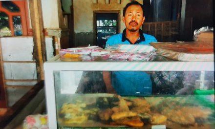 Pemilik Warung Makan ini Senang dapat BPUM 1,2 Juta ,Langsung Cair dengan Antrian On line