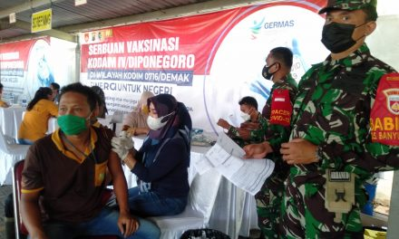 Serbuan Vaksinasi Kodam IV Diponegoro,1.206 Karyawan PT. CWM Mranggen Terima Suntik Vaksin Dosis Kedua