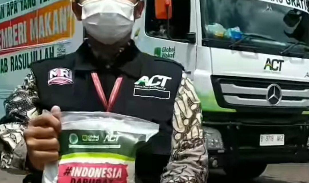 Humanity Rice Truck – ACT Bagikan Ratusan Kilo Beras untuk Warga Rusun Plamongan Sari